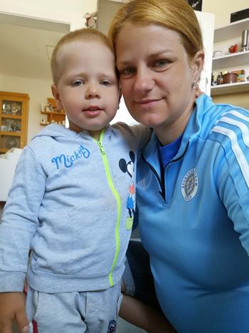 Zuzana Rehák Štefečeková so synom